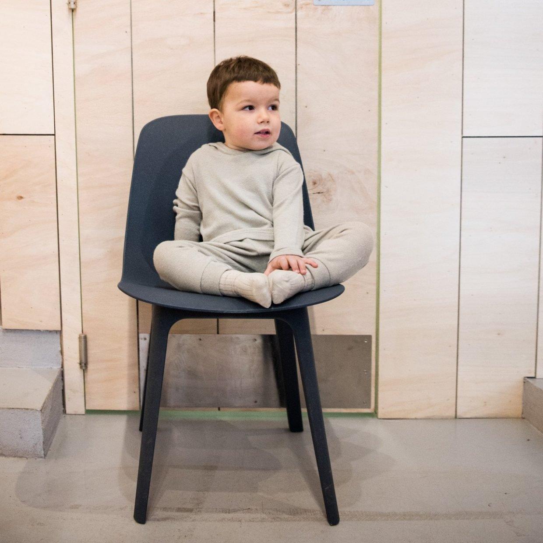 beige fine-knit pants