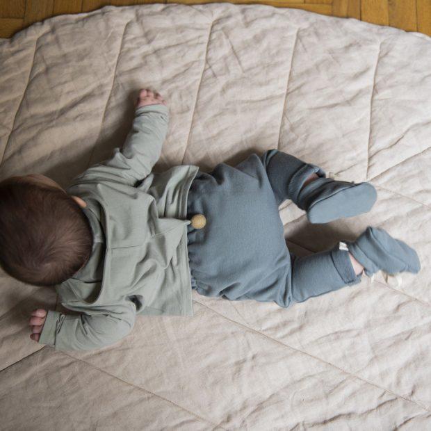 Бебешки панталон ледено сиво