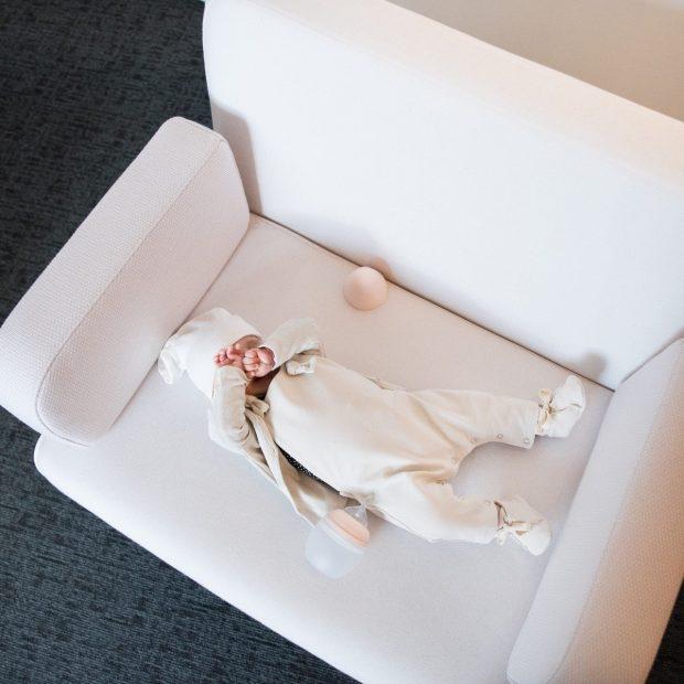 Бебешки гащеризон екрю